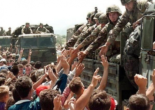 Nato troops arrive in Kosovo in 1999